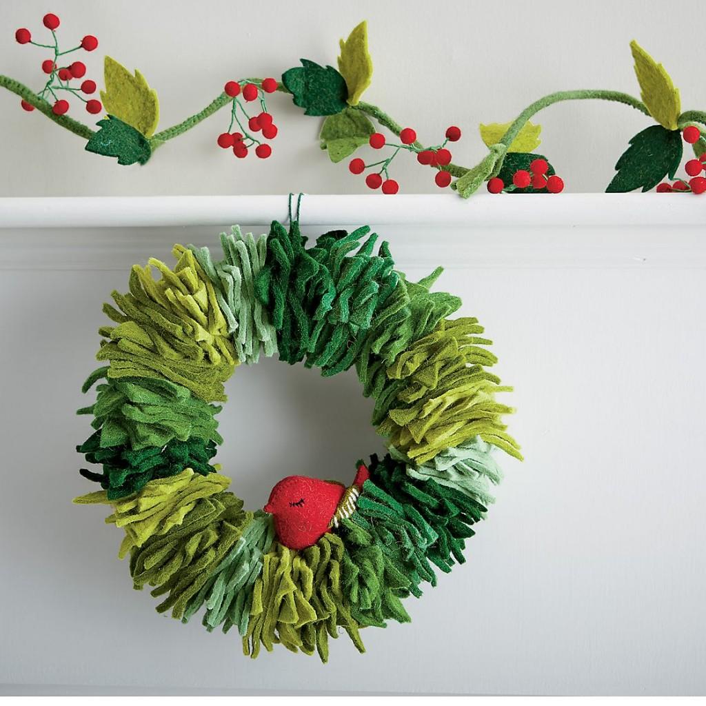 wreath-as09-j13