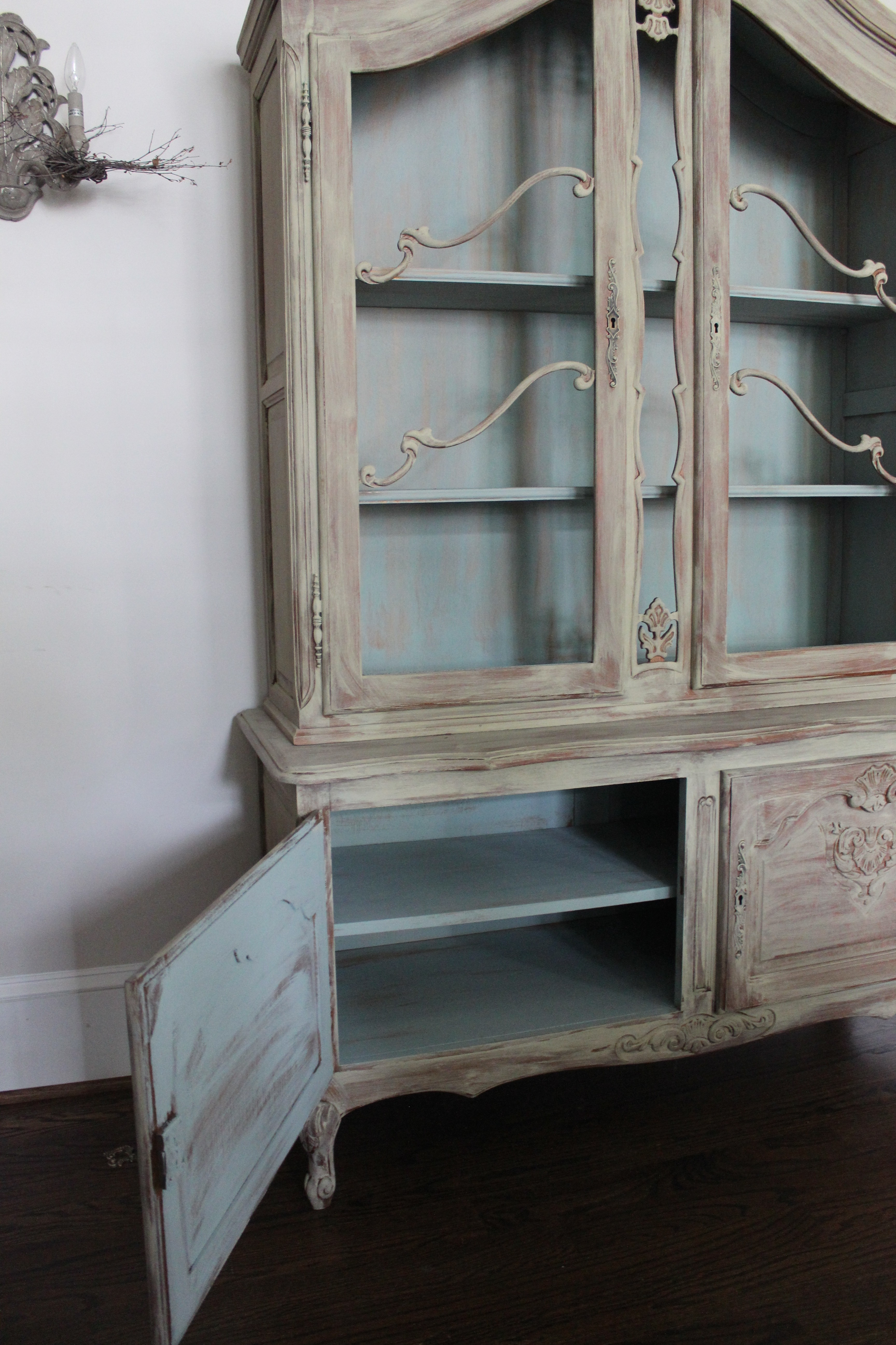 the chicken cabinet ? painting reveal