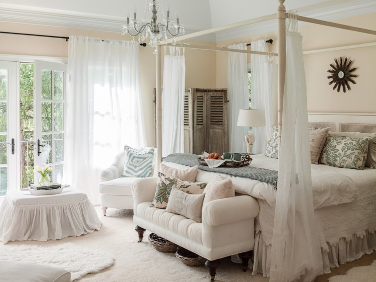 Living well how to decorate your bedroom for Beautiful bedroom pictures only
